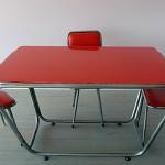 Props - Kırmızı Masa Sandalye