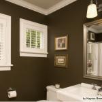 Kahve Duvarlı Banyo