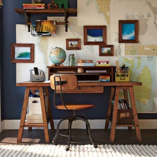 Öğrenci evi için çalışma masası
